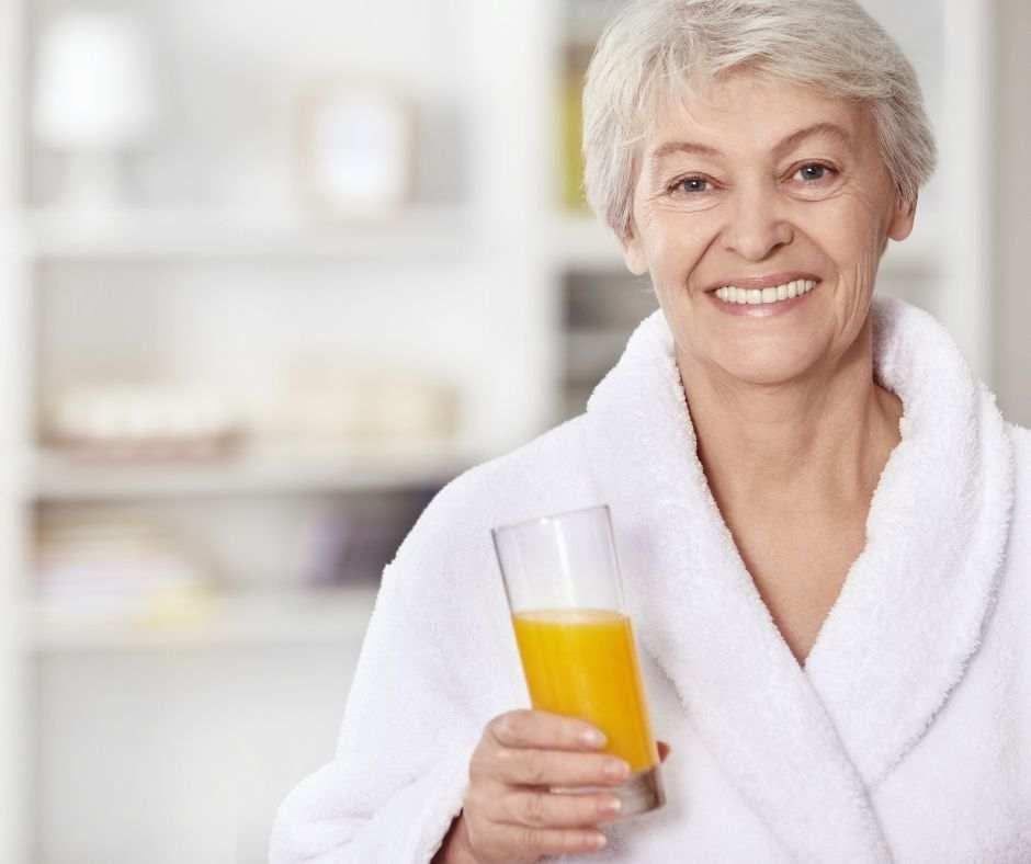 6 Rekomendasi Daftar Resep Minuman Sehat Untuk Lansia