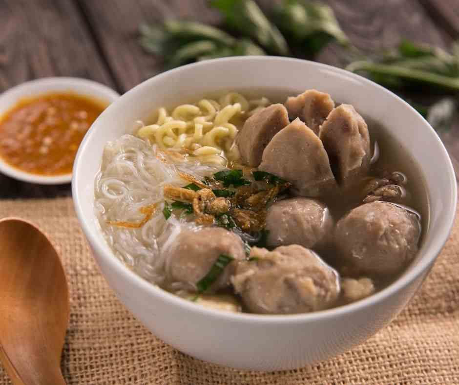 Kuliner Ikonik Indonesia yang Bernuansa Kuah