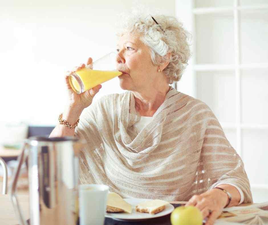 Perlunya Resep Minuman Sehat Untuk Lansia