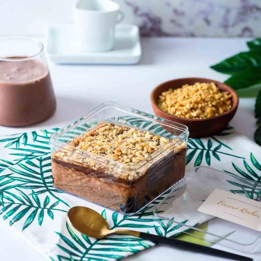 Dessert Box Coklat Kacang